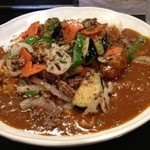 カルダモン. - 挽き肉と野菜の炒めカレー