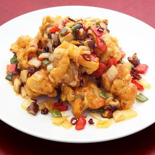 週末の疲れた体に、本格手打ちの中華麺はいかがでしょうか。