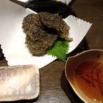 黄金の角煮と奄美焼酎90種 奄んちゅ - もずくの天ぷら