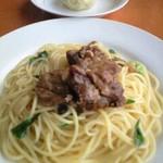 カンティーナ - 軟骨ソーキのペペロンチーノ