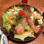 味家 - お寿司屋さんの魚たっぷりサラダ(1,050円)2013年6月