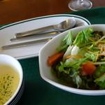 ザ バルーンマーケット - サラダ・スープがついてます