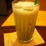 カフェミンク - アイス抹茶ラテ