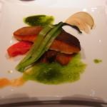 19633993 - 茹でているとはいえくたびれ感のある小松菜が寂しい