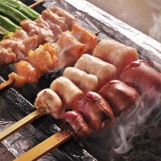 宮崎産の地鶏と一緒に酒処広島の地酒をお楽しみいただけます。