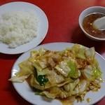 喜楽飯店 - 肉とキャベツのみそ炒めライス(750円)