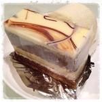 ル・レガラン - マーブルケーキ  懐かしいバタークリーム でもしつこく無く美味しい~