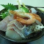 水産食堂 - 海鮮丼アップ