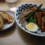 スープカレーのハンジロー - 料理写真:香味豚のローストと彩り野菜のスープカレー~☆