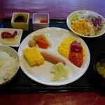 19654125 - 朝食