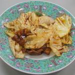 萬里 - 料理写真:豚肉とキャベツのみそいため