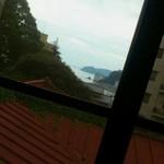 囲炉茶屋 - ちょっぴり、海が見える♪