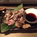 九州料理×もつ鍋 九州小町  - 炎の薩摩赤鶏炭火焼