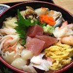 たらく - 海鮮丼
