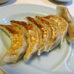 幸楽園 - サンマー麺(中)&餃子セットの餃子