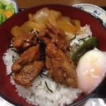 19660517 - 鶏もも焼丼(大盛無料) ¥690
