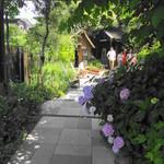 ガーデンハウス レストラン - お店入り口より