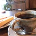 煎売喫茶 治郎兵衛 - マイレビ様の構図を真似してみましたが…全然下手っぴぃな写真になりました(とはいってもボツにするのももったいなく結局掲載・汗)