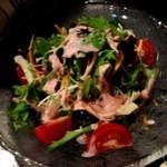 米とサーカス - サラダ イチゴ酢かけ