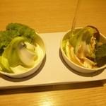 喜久水庵 - 2013.06ずんだ餅パフェ(左)&プチほうじ茶パフェ(右)