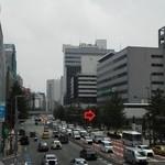 19679044 - 201306 マキバスタイル ここらへん(゜o゜)!(礼の辻歩道橋より)