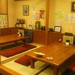 魯仁庵 - お座敷は6人×2 宴会ではテーブルをつなげて12名座れます