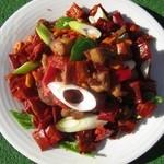 中華招福 - 超人気の食べれる唐辛子と鶏肉炒め     980円