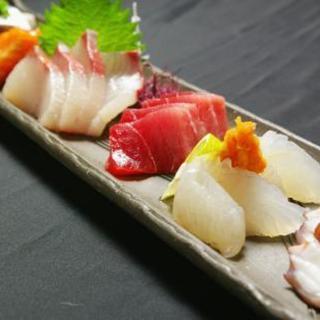 新鮮な鮮魚のお刺身をご用意しております♪