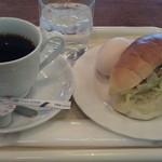 喫茶・レストランブルーポピー - H25/2モーニング、ツナのロールサンド