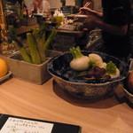 ヤサイ ホリ - カウンターのお野菜