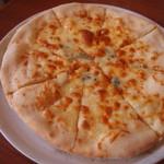 イル サッチアーレ - ピッツァ・3種のチーズ