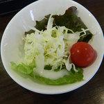 鮨DINING 辰 - セットのサラダ