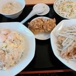 19694913 - 昼定食600円+150円で白飯→炒飯に変更☆