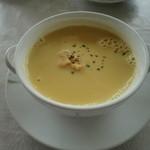 ぶどうの丘 展望ワインレストラン - コーンスープ
