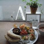 雑穀cafe 小粒 - 天然酵母のピタパンプレート