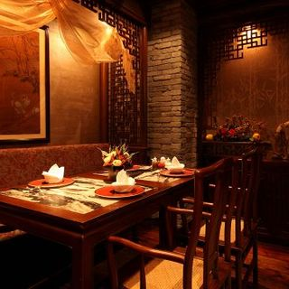 北京ダックを味わえる贅沢なコースは6800円~お選びいただけます。