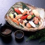 きく寿司 - 料理写真:おまかせにぎり¥3,300