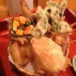 たけだ - 天ぷら。具がなかなか面白い