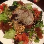 長寿韓酒房 仙台店 - プルコギと松の実のサラダ