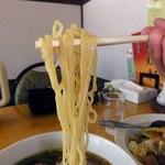 福臨軒 - つるんとした縮れ麺