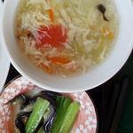 百香亭 - キュウリとナスの炒め物、そして卵スープ