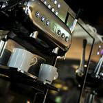 ロビーラウンジ - 世界の美食家が愛するワンランク上のコーヒーをお楽しみください。