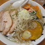 麺人 しょう太郎丸 - 緑黄色野菜ラーメン塩 750円