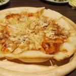 プリマロッソ - ピザは薄くてパリパリ♪