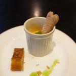 TANTO屋 - デザート・紅茶ケーキとオレンジ、キウイ入りのミルクプリン、ビスケット添え