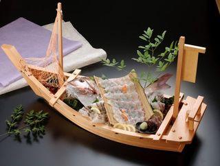 じんぎすかん - 地元佐賀で獲れた新鮮な魚介類をはじめ、全国から集めた素材をいかした活造りをご用意いたします。
