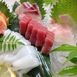 ぼんぐう・kurobuTa - 旬魚のお造り