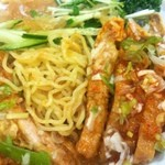 坦々麺や 昇龍天 - 麺アップ