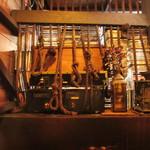 コーヒーロッジ ダンテ - 奥の席