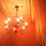 19724567 - 半個室の天井♪